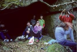 Lunch at the cave in Lustleigh Cleave: Jason drops dead leaves on Luke while Martin, Graha, Gabrielle & John look on.  Mark shows no interest!