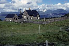 The tiny settlement of Arinacrinachd, between Fearnmore and Kenmore
